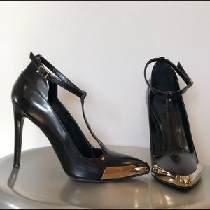 Authentic Jason Wu T-Strap pPoi Ted Toe Strap Heel